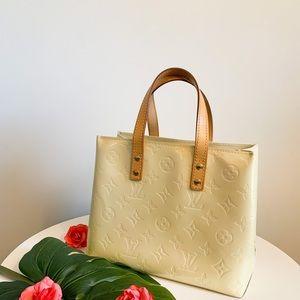 🍋 Louis Vuitton Reade PM Vernis 🍋